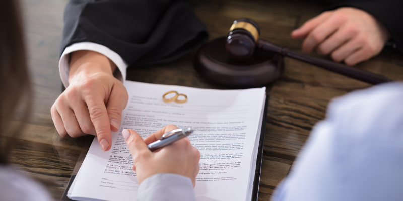 Contested and Uncontested Divorce in Matthews in North Carolina